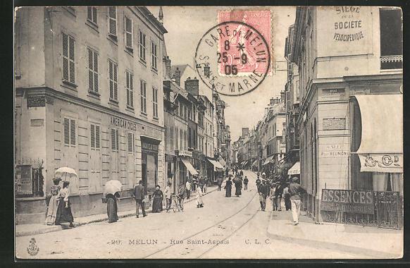 AK Melun, Rue Saint-Aspais, Strassenpartie
