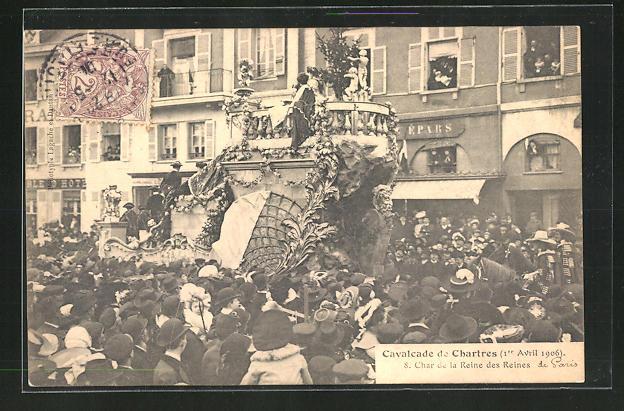 AK Chartres, Cavalcade - Char de la Reine des Reines