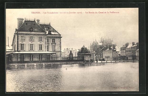 AK Troyes, Le Basin du Canal et la Préfecture, Hochwasser 1910 0