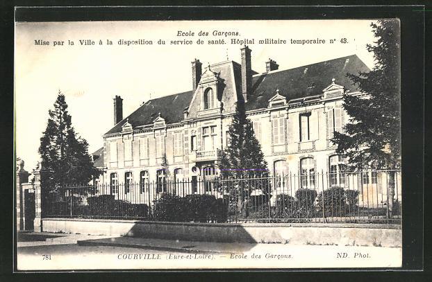 AK Courville, Ecole des Garcons 0