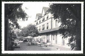 AK Cloyes, Hotel Saint-Jacques, Vue sur la cour interieure, les chambres, le restaurant et la terrasse