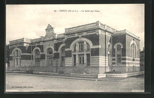 AK Dreux, La Salle des Fetes