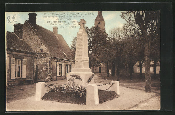 AK Tremblay-le Vicomte, Monument eleve a la Memoire des enfants de Tremblay-le-vicomte Morts pour la France (1914-1918)