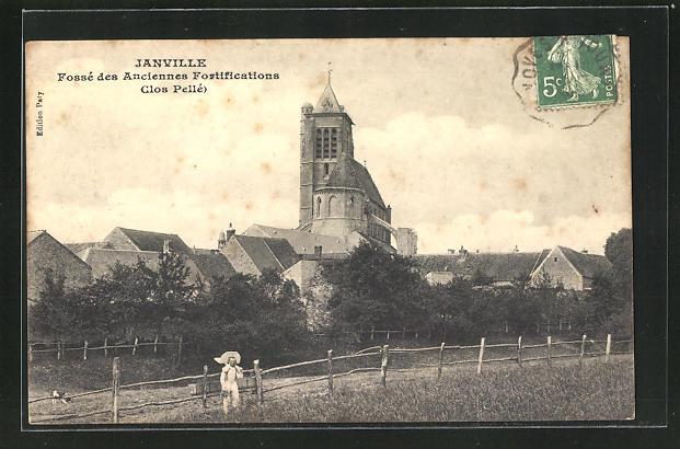 AK Janville, Fosse des Anciennes Fortifications