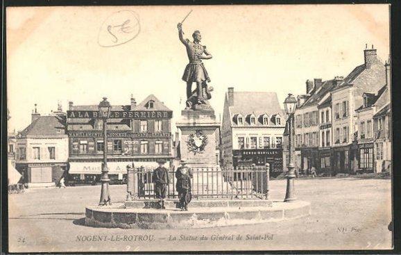 AK Nogent-le-Rotrou, La Statue du General de Saint-Pol 0