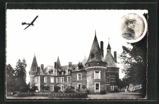 AK Maillebois, Hubert Latham sur son Monoplan Antoinette au-dessus de son Chateau
