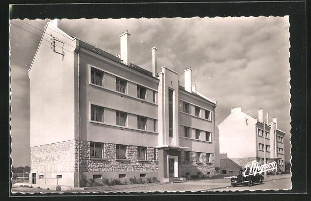 AK Chateauneuf-en-Thymerais, La Groupe H. L. M. 0
