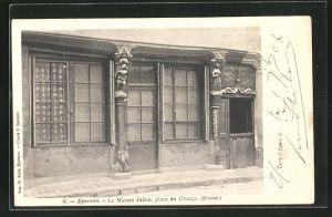 AK Epernon, la Maison Julien, place du Change