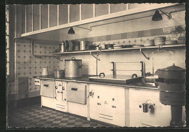 AK Dreux, Pensionnat Saint-Pierre, la cuisine 0
