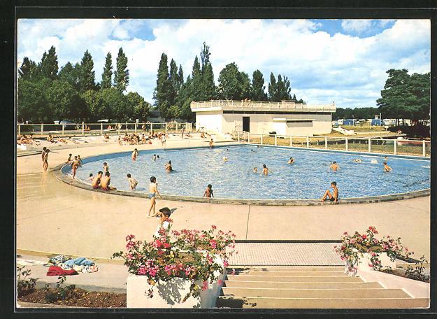 AK Brou, la piscine 0
