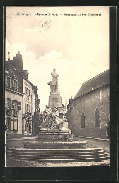 AK Nogent-le-Rotrou, Monument de Paul Deschanel 0