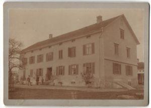 Fotografie Fotograf unbekannt, Ansicht Guggenbühl bei Andwil, Herrenhaus im Ort