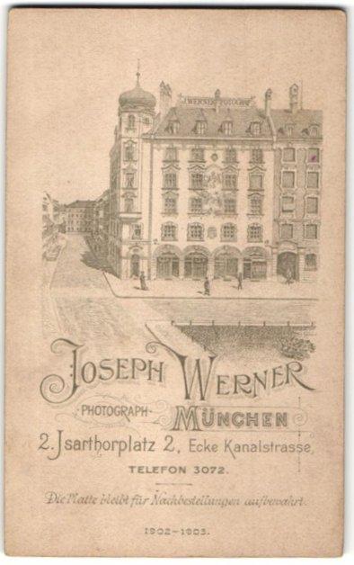 Fotografie Joseph Werner, München, rückseitige Ansicht München, Atelier Isarthorplatz 2, vorderseitig Portrait Kleinkind 0