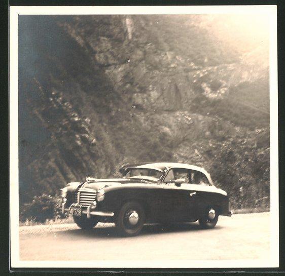 Fotografie Auto, PKW auf einer Landstrasse 0