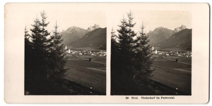 Stereo-Fotografie Fotograf unbekannt, Ansicht Niederdorf / Tirol, Ortschaft im Pusterstal
