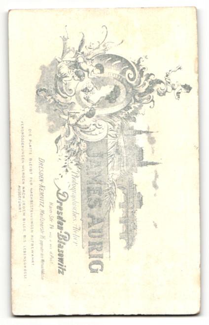 Fotografie James Aurig, Dresden-Blasewitz, Portrait Kleinkind im Mantel mit Mütze 1