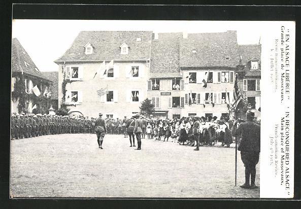AK Massevaux, Grande place, Revue franco-americaine, le juillet 1918
