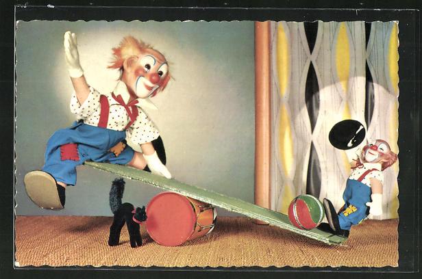 AK Steiff-Puppen, Clowns sitzen auf einer Wippe