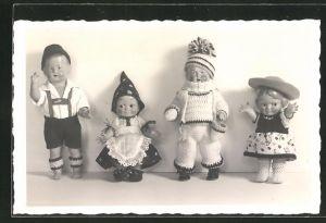 AK vier versch. Puppen