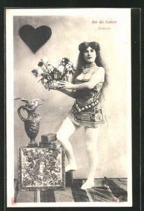 AK Kartenspiel, Herz Ass, Leicht bekleidete Dame mit Blumenbukett in der Hand