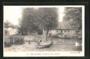 AK Ver-sur-Mer, Le Bief du Vieux Moulin