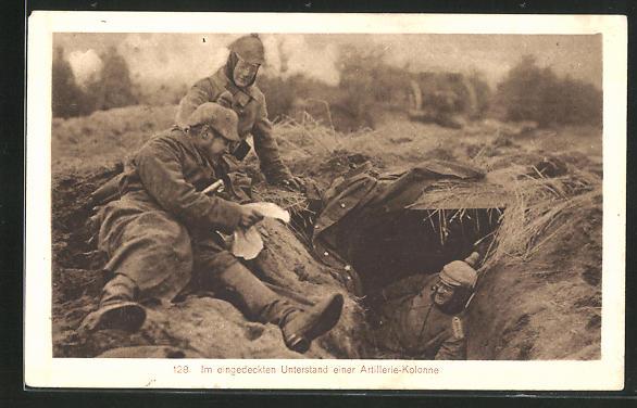 AK im eingedeckten Unterstand einer Artillerie-Kolonie, Schützengraben