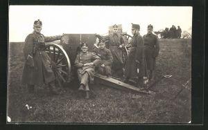 Foto-AK Schweizer Artillerie-Soldaten an ihrem Geschütz