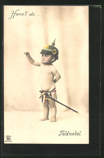 AK Hans`l als Feldwebel, Junge mit Pickelhaube und Degen