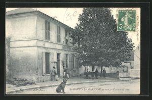 AK St.-Martin la Garenne, Ecole et Mairie