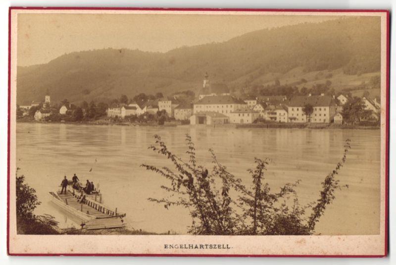 Fotografie Amand Helm, Wien, Ansicht Engelhartszell, Panorama der Ortschaft