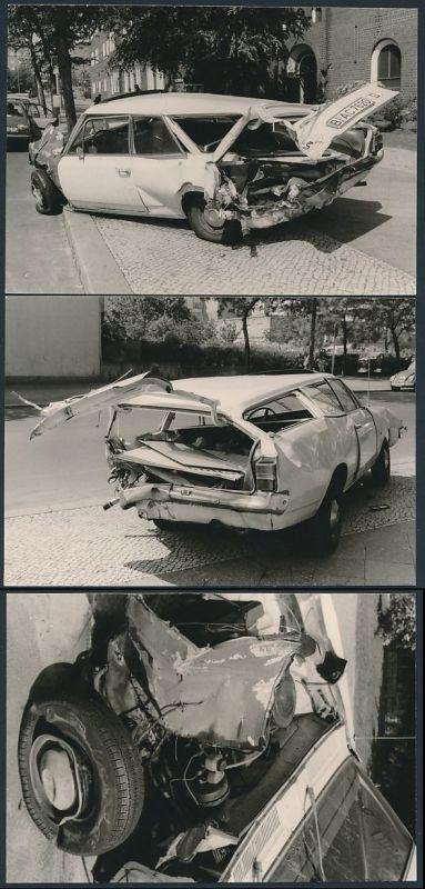 3 Fotografien Auto Opel Caravan, Totalschaden nach einem Unfall in Berlin