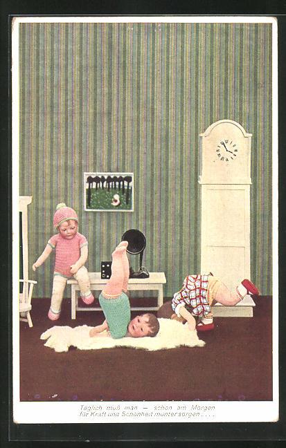 AK Käthe Kruse-Puppen bei gymnastischen Übungen