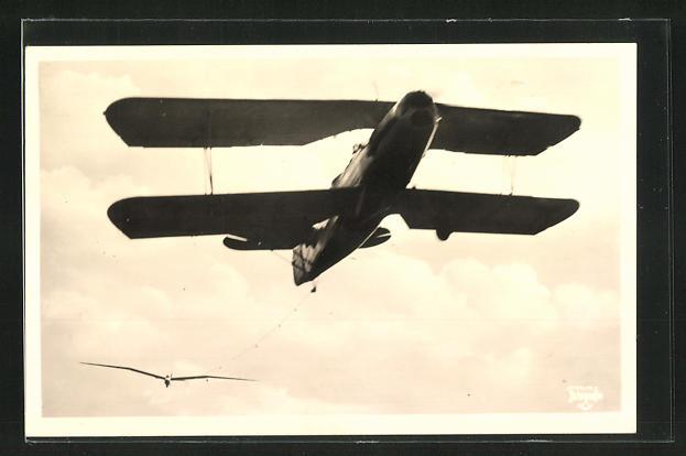 AK Segelflugzeug im Schlepp eines Motorflugzeuges