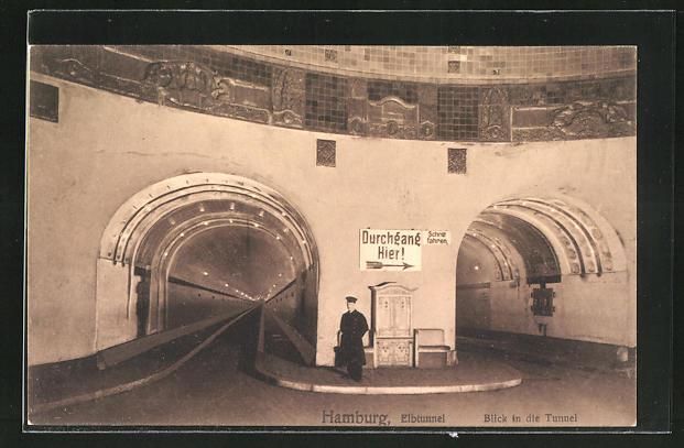 AK Hamburg-St. Pauli, Elbtunnel, Blick in die Tunnel