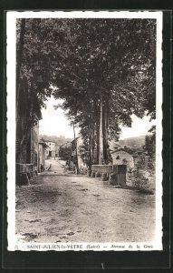 AK Saint-Julien-la-Vetre, Avenue de la Gare