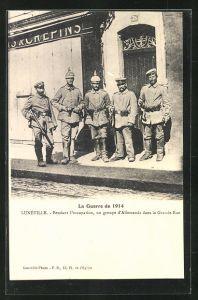 AK Luneville, Pendant l`occupation, un groupe d`Allemands dans la Grand-Rue, Soldaten
