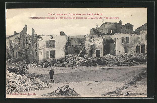 AK Vitrimont, bombarde par les Francais et ensuite par les Allemands, Vue interieure
