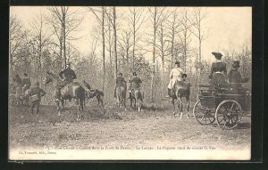 AK Dreux, Chasse à Courre dans le forêt, Le Lancer, Le Piqueur vient de sonner la Vue