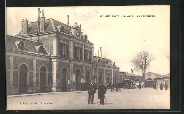 AK Argentan, La Gare, Vue exterieure, Bahnhof