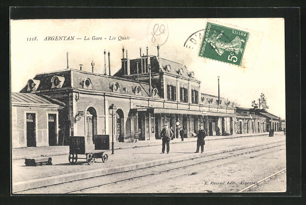 AK Argentan, La Gare, les Quais, Bahnsteig am Bahnhof