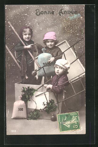 AK Drei kleine Schornsteinfeger mit Geldsäcken in einer Schachtel 0