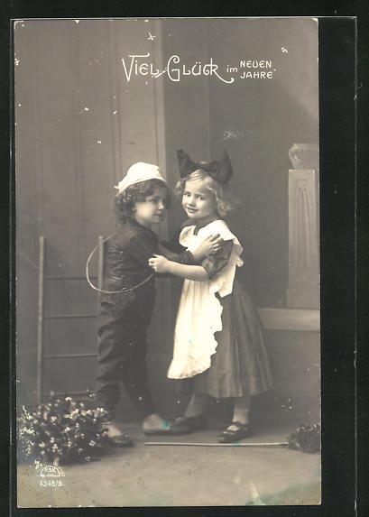 AK Viel Glück im Neuen Jahr, Schornsteinfeger mit hübschem kleinen Mädchen 0