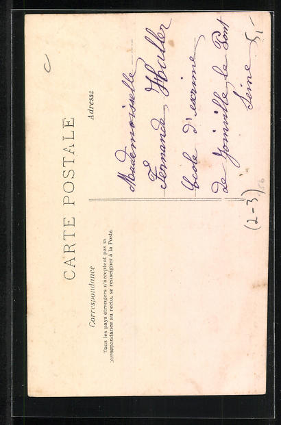 AK Briefträgerin, kleines Mädchen trägt Briefe aus, Briefträgermütze 1