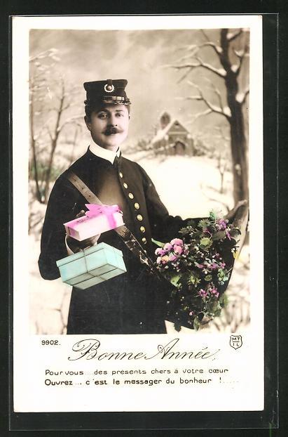 AK Neujahr, Breifträger mit Geschenkschachteln und Blumenstrauss 0