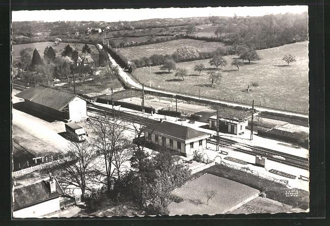 AK Bretoncelles, Ansicht vom Bahnhof, Fliegeraufnahme 0