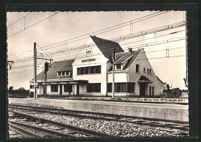 AK Maintenon, La nouvelle gare, Bahnhof von der Gleisseite
