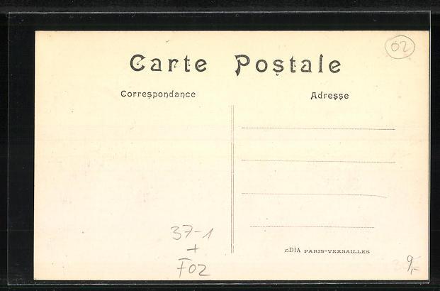 AK Soisson, Mme Macherez que administra Soissons pendant l`occupation allemande, Rotes Kreuz 1