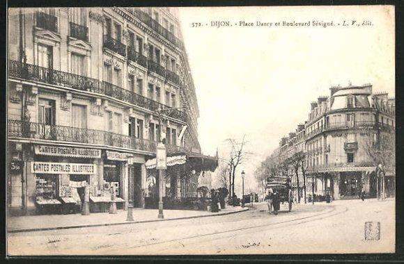 AK Dijon, Carte Postales Illustrees Place Darcy et Boulevard Sevigne 0