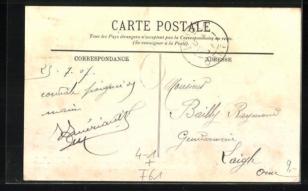 AK Flers, Pendant la Greve, Arrivee des Deputes Constant et Betoulle, Place de la Gare le 3 Juin 1907 1