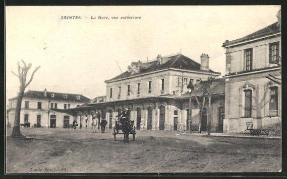 AK Saintes, La Gare, vue extérieure, Partie am Bahnhof